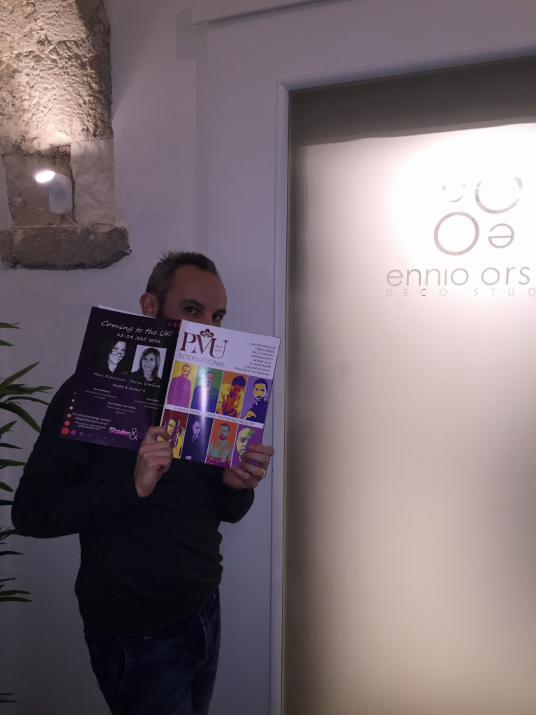 Ennio Orsini con la rivista PMU INTERNATIONAL